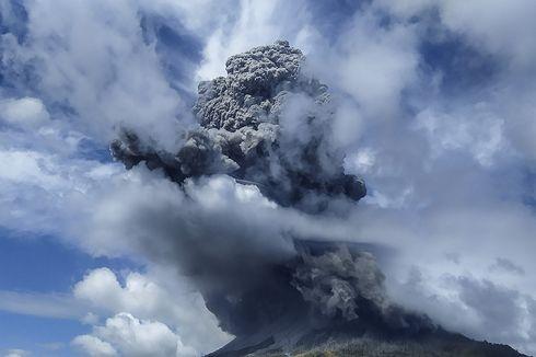 Erupsi Sinabung 2020 Tidak Meledak Besar, Ternyata Ini Karakteristiknya...