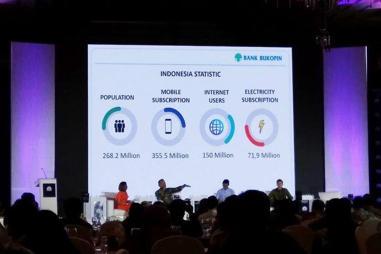 Armand Hartono Wakil Dirut BCA, Sunu Widiatmoko Wakil Ketua Umum AFPI, dan Rivan Purwantono Direktur Konsumer Bukopin dalam seminar Banking dan Fintech di Jakarta, Kamis (9/5/2019).