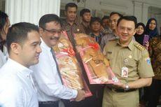 Roti Buaya dari Relawan untuk Ahok-Djarot Akan Jadi Perhatian DPP PDI-P