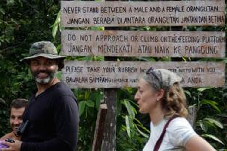 Wisman di Taman Nasional Tanjung Puting, Kalimantan Tengah.