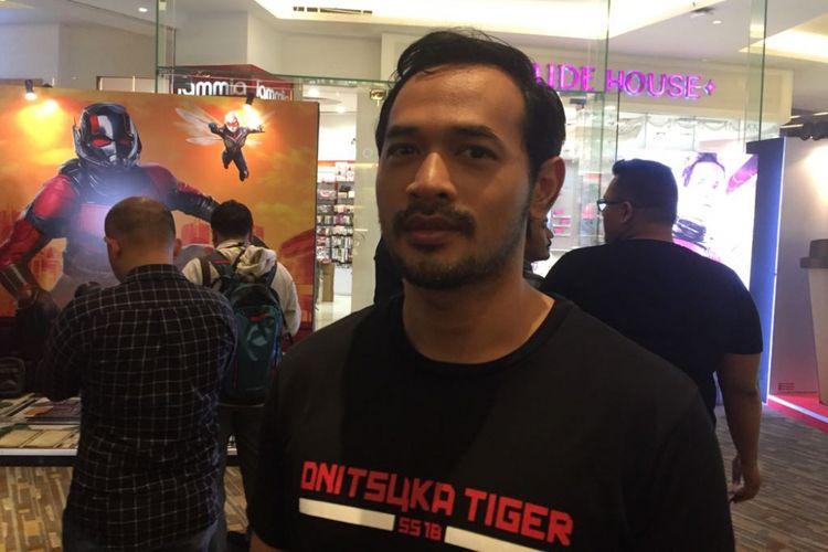 Oka Antara saat menghadiri pemutaran film perdana Ant-Man and the Wasp di Kota Kasablanka, Jakarta Selatan, Selasa malam (4/7/2018).