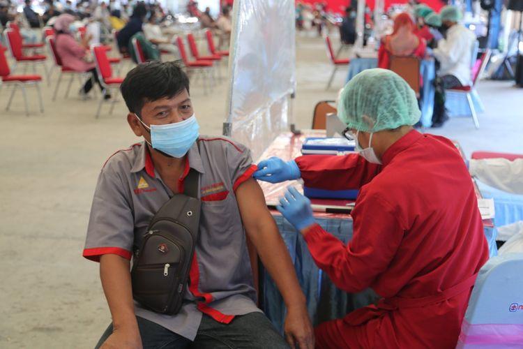 New Armada vaksinasi sopir dan kernet bus