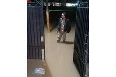 Puluhan Warga Cipinang Melayu Mengungsi Akibat Banjir Satu Meter