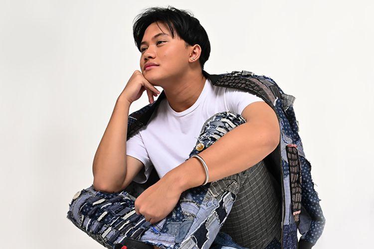 Penyanyi Rizky Febian merilis singel bertajuk Seperti Kisah.