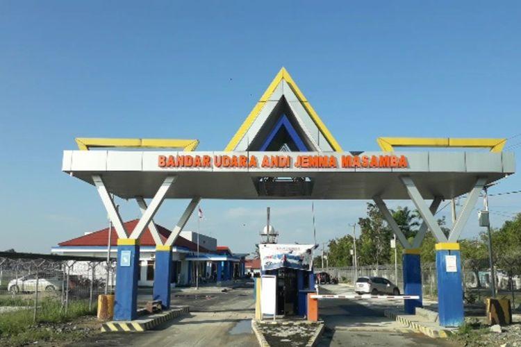 Bandara Andi Jemma Masamba, luwu Utara, Sulawesi Selatan kembali beroperasi pasca dilanda banjir bandang dua pekan lalu, Selasa (28/07/2020)