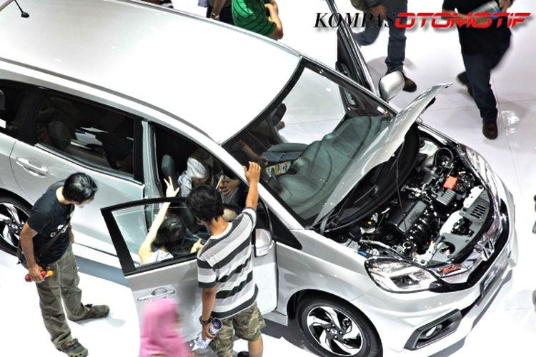 Ilustrasi penjualan mobil