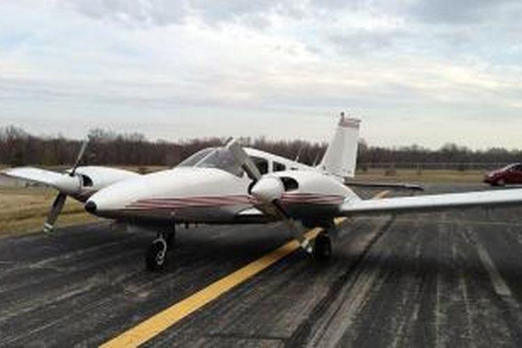 Pesawat Piper PA-34 yang jatuh di Kentucky.