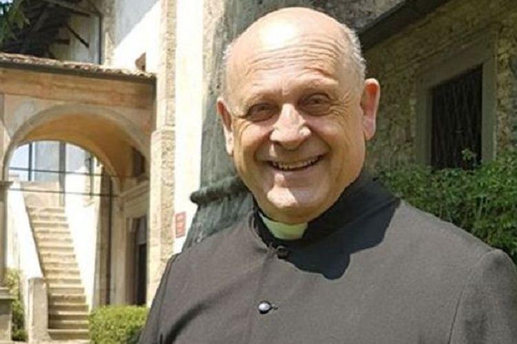 Bapa Giuseppe Berardelli. Pastor berusia 72 tahun yang meninggal akibat virus corona di Italia pekan lalu. Dia menjadi pemberitaan karena sebelum meninggal, dia memilih memberikan respirator yang harusnya digunakannya ke pasien berusia muda yang sama sekali tidak dikenalnya.