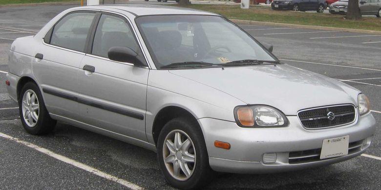 Suzuki Baleno merupakan sebuah sedan saat awla meluncur pada 1995
