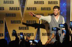 Tak Disangka, Chris Hemsworth Mengaku Pernah Curi Properti Marvel