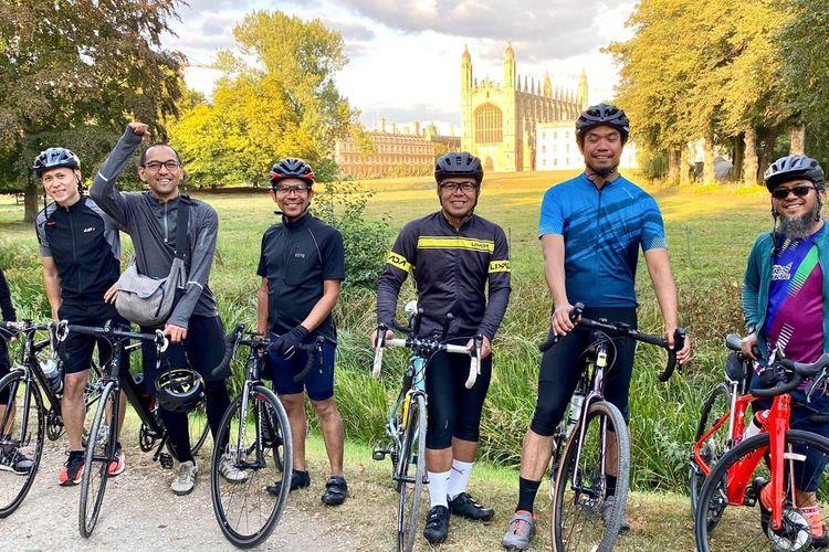 Ride for Indonesia, komunitas bersepeda warga Indonesia di Inggris galang dana untuk masyarakat tanah air yang paling terdampak pandemi Covid-19. [Dok. Human Aid Initiative (HAI)]