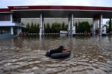BERITA FOTO: Dampak Banjir di Jakarta Minggu Kemarin