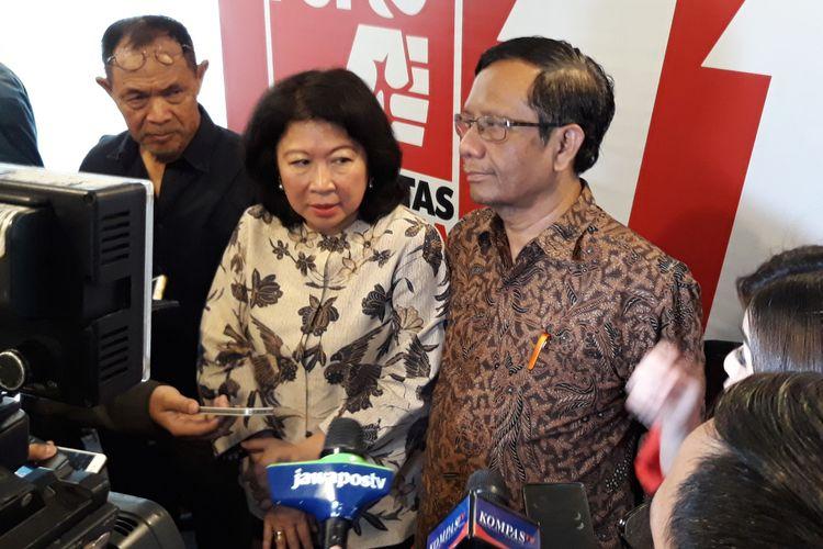 Mantan Ketua Mahkamah Konstitusi, M Mahfud MD di Kantor DPP PSI Jakarta, Minggu (22/4/2018).
