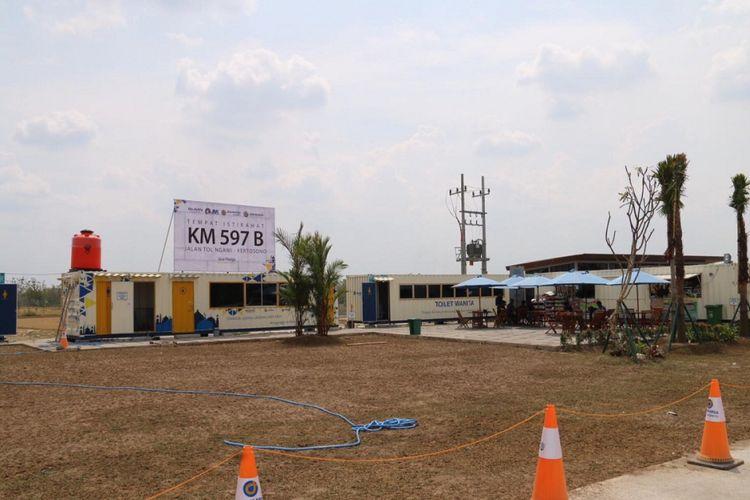 Rest Area 597 di B Jalan Tol Ngawi-Kertosono ke arah Jakarta.