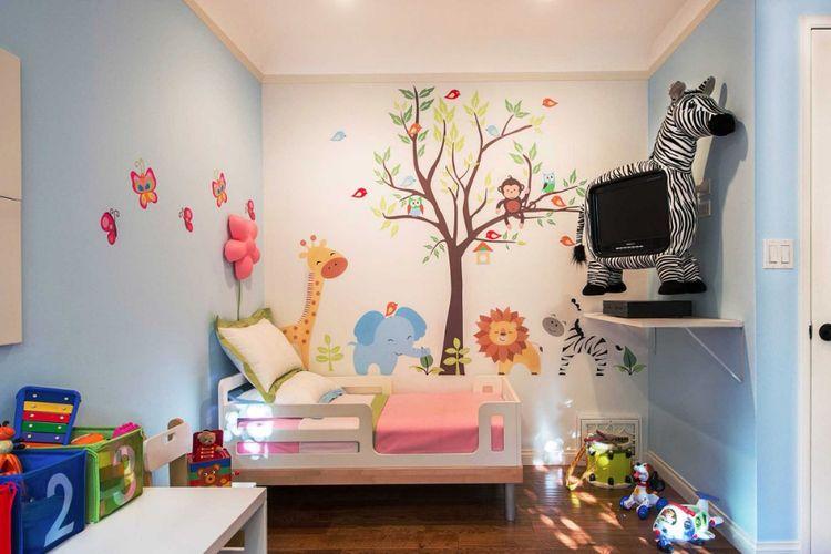 Dekorasi karakter kartun di kamar tidur anak