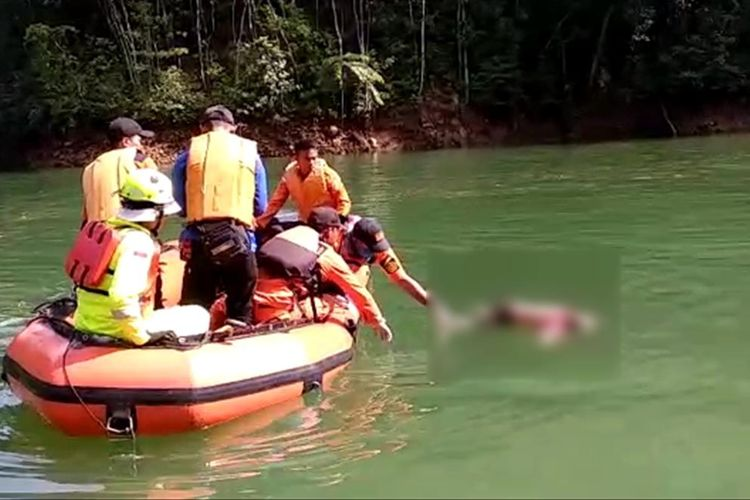 Pencarian Al Fausi bocah berumur 4 tahun asal Desa Balambano, Kecamatan Wasuponda, Kabupaten Luwu Timur,  akhirnya ditemukan oleh Tim Sar gabungan pada Sabtu (06/07/2019) setelah dilakukan pencarian selama 6 hari, lokasi penemuan berjarak 700 meter dari lokasi kejadian awal.