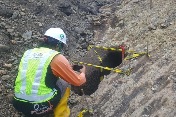 Sebuah terowongan tua ditemukan di area proyek pembangunan Bendungan Tamblang, Kecamatan Kubutambahan, Buleleng, Bali, Sabtu (28/11/2020).