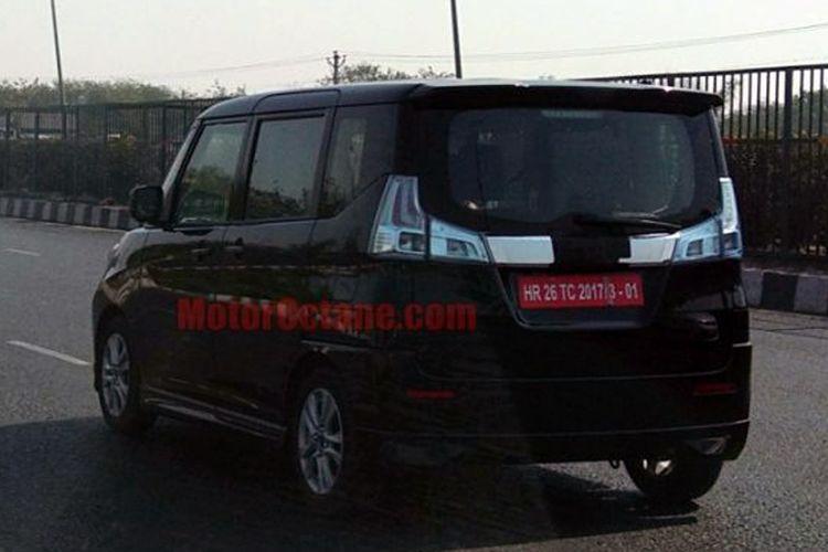 Model yang dipercaya Suzuki Wagon R 7-penumpang sedang diuji di jalan India.