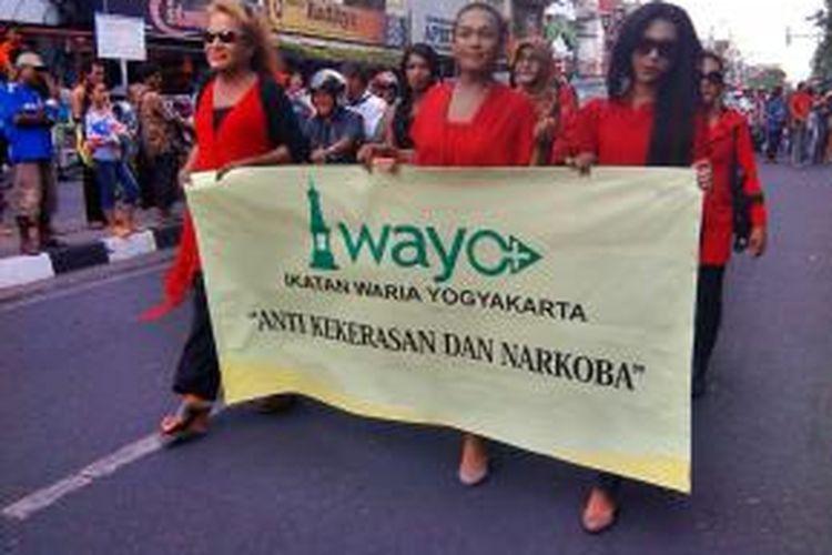 Anggota IWAYO saat melintas di jalan malioboro Yogyakarta