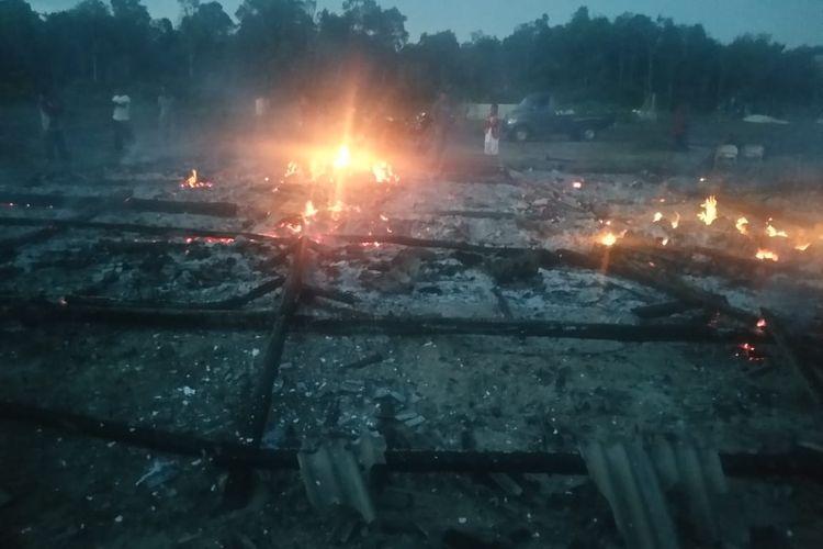 Kebakaran Ponpes Tahfizh Guntur Pekalen di Bangka Selatan, 6 Juni 2021.