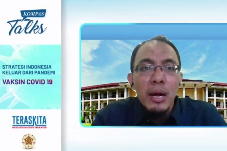 Pakar Virologi FKKMK UGM, M. Saifudin Hakim saat mengikuti webinar Kompas Talks bersama Kagama.