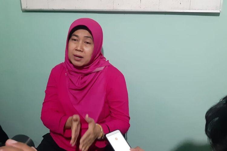 Kepala Dinas Kesehatan Dewi Irawati di kantor Dinas Kesehatan Jumat (10/1/2020)