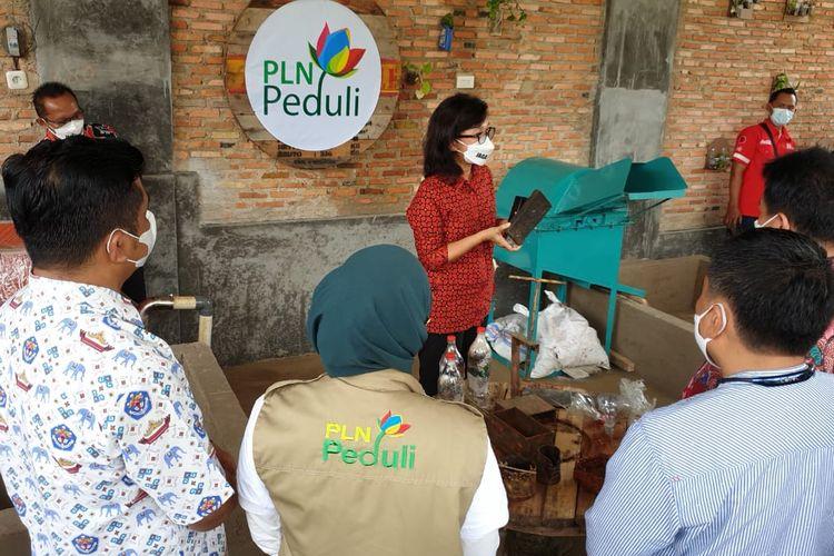 Peresmian Bank Sampah di Sekolah Xaverius Way Halim, Bandar Lampung, Kamis (26/2/2021). Bank Sampah ini adalah program PLN Peduli sekaligus memperingati Hari Sampah Nasional 2021. (FOTO: Dok. Humas PLN Lampung)