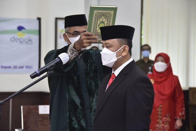 Eks Kepala Badan Kepegawaian dan Pengembangan Sumber Daya Manusia (BKPSDM) Kota Depok, Supian Suri, resmi dilantik sebagai Sekretaris Daerah (Sekda) Kota Depok, Kamis (22/7/2021).