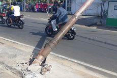 Besi Keropos dan Kelebihan Beban Kabel Diduga Jadi Penyebab Tiang Listrik Roboh di Kebon Jeruk