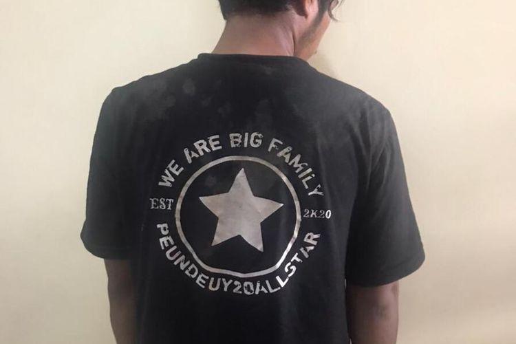 Tim Reserse Mobile (Resmob) Polisi Resor (Polres) Karawang membekuk belasan anggota geng motor All Star yang meresahkan masyarakat Karawang.