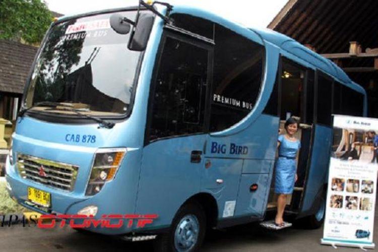 Armada bus milik Blue Bird Group