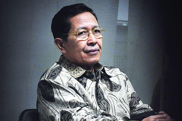 Menteri Dalam Negeri Kabinet Gotong Royong (2001-2004) Hari Sabarno.