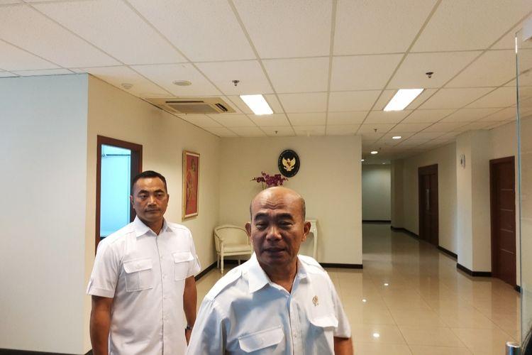 Menko-PMK Muhadjir Effendy di Kantor Kemenko-PMK, Jakarta Pusat, Senin (6/1/2020).