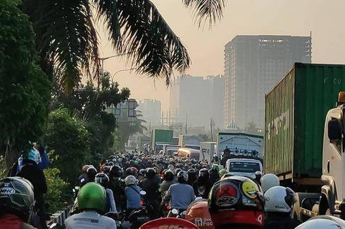 Kemacetan Masih Terjadi di Titik Penyekatan Daan Mogot, Polisi Desak WFH 100 Persen Harus Diawasi