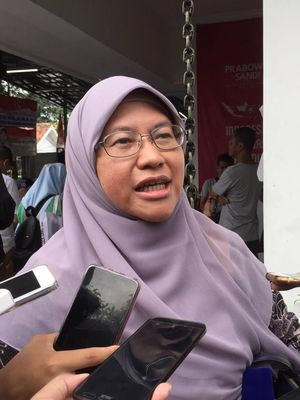 Juru Debat Badan Pemenangan Nasional (BPN) Prabowo-Sandiaga, Ledia Hanifa,  di Seknas Prabowo-Sandi, Jakarta Pusat, Selasa (12/3/2019).