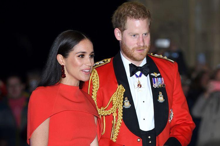 Pangeran Harry dan Meghan Markle kembali tak merayakan natal bersama keluarga kerajaan Inggris tahun ini. Keduanya memilih merayakan natal di kediamannya di California, Amerika Serikat.