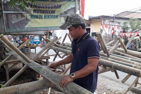 Lahan untuk Lomba Panjat Pinang Terbatas, Pembelian Bambu Betung Pun Berkurang