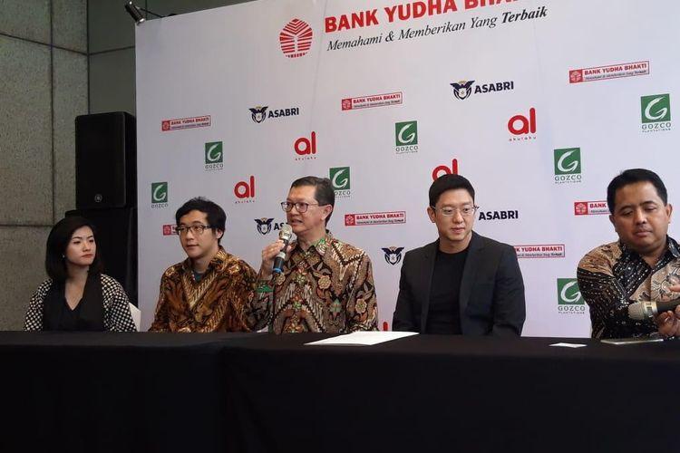 Konferensi pers suntikan modal antara Akulaku kepada Bank Yudha Bhakti di Jakarta, Jumat (15/3/2019).