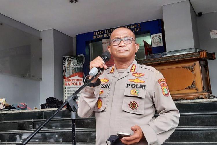 Kabid Humas Polda Metro Jaya Kombes Pol Yusri Yunus saat memberikan keterangan pers di Polda Metro Jaya, Selasa (5/1/2021)