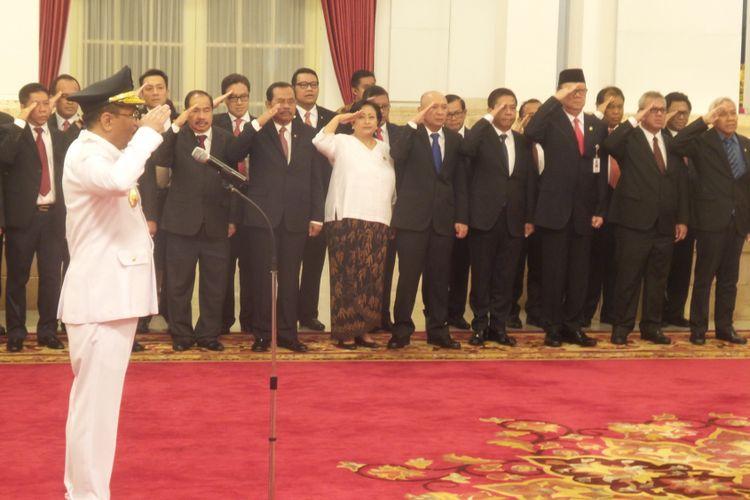 Suasana pelantikan Djarot Saiful Hidayat sebagai Gubernur DKI Jakarta sisa masa jabatan 2012-2017 oleh Presiden Joko Widodo di Istana Negara, Kamis (15/6/2017).
