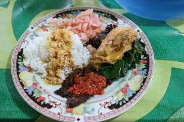 Ini Bedanya Warung Nasi Ampera Dan Rumah Makan Padang