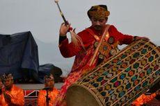 Pemukulan Gendang Taganing Tutup Festival Danau Toba
