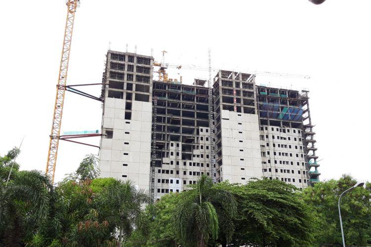 Rusunami DP 0 rupiah yang sudah mencapai 21 lantai di Pondok Kelapa, Jakarta Timur, Jumat (25/1/2019)