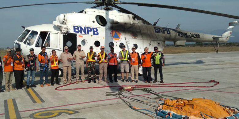 Helikopter BNPB untuk Pemadaman Kebakaran Pegunungan Ijen.