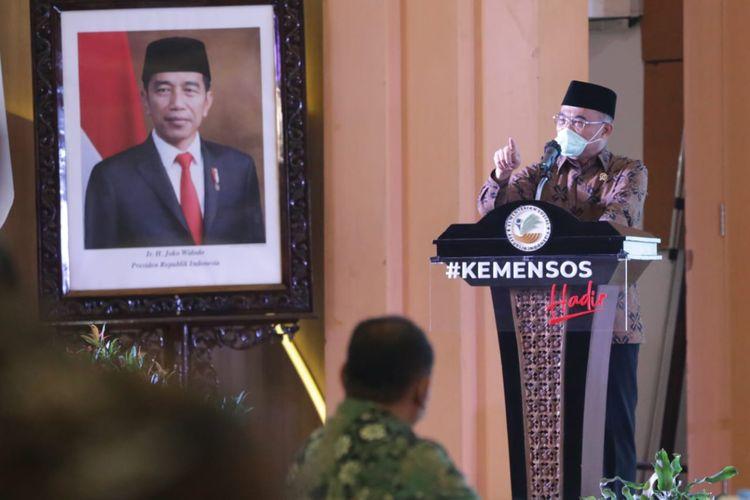 Menteri Sosial (Mensos) Ad Internim Muhadjir Effendy sedang memberikan pidato dalam acara Workshop Virtual Antikorupsi untuk memperingati Hari Antikorupsi Sedunia (Harkodia) 2020, bertempat di Gedung Aneka Bhakti Kementerian Sosial, Jakarta, Selasa (15/12/2020).