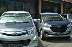 Diduga Hasil Penipuan, 3 Avanza Berpelat B Disita Polisi Saat Tiba di Pelabuhan Makassar