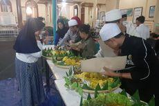 Sambut Tahun Baru Islam, Ribuan Warga Sumedang Pawai Taaruf dan Santap Nasi Kuning