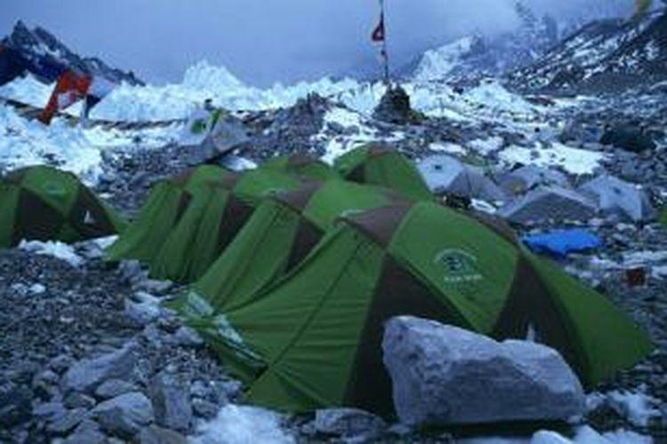 Tempat kemah di Gunung Everest.