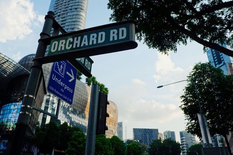 Kawasan Orchard Road di Singapura yang dikenal sebagai kawasan pusat belanja.