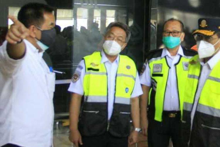 Dirjen Perhubungan Udara Novie Riyanto saat kunjungan kerja di Bandara Soekarno-Hatta, Kamis (25/6/2020)